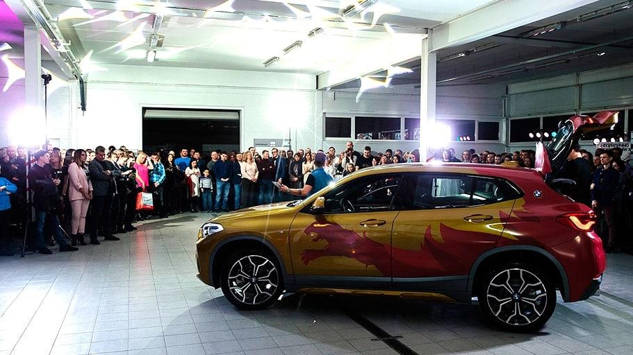 Оклейка BMW X2 для презентации в Петрозаводске