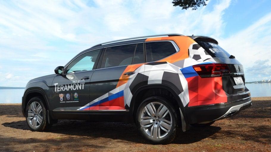Брендирование пленкой VW Teramont для дилерского центра VW в Петрозаводске