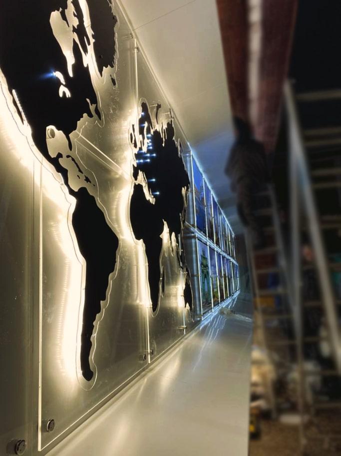 Галерея городов-побратимов в Петрозаводске